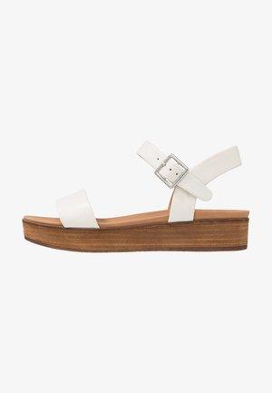 LILYBETH - Sandales à plateforme - white