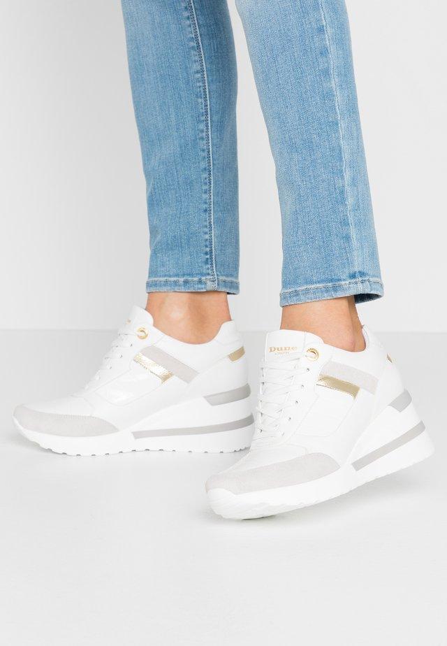 ELOUERA - Sneakers - white