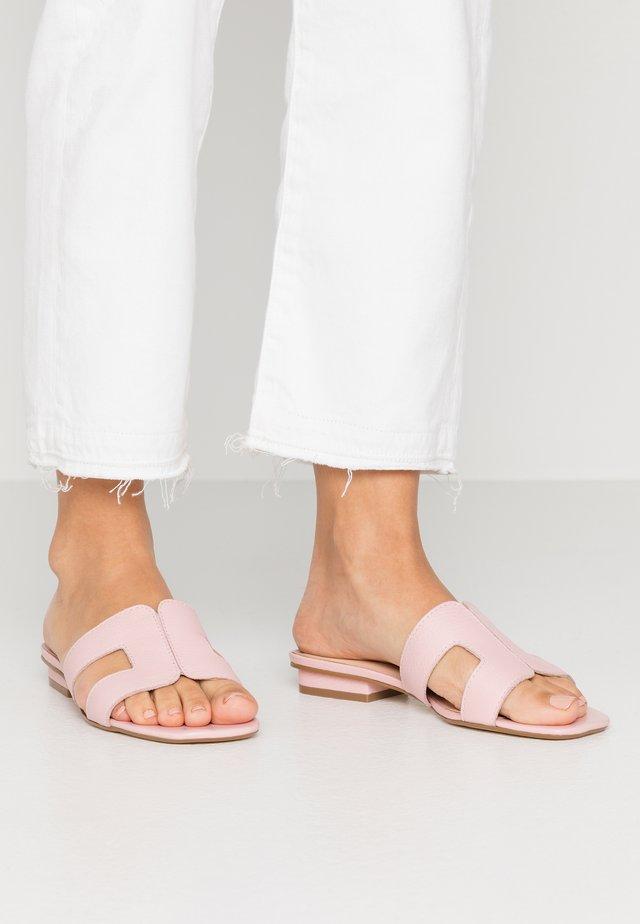 LOUPE - Pantofle - pink