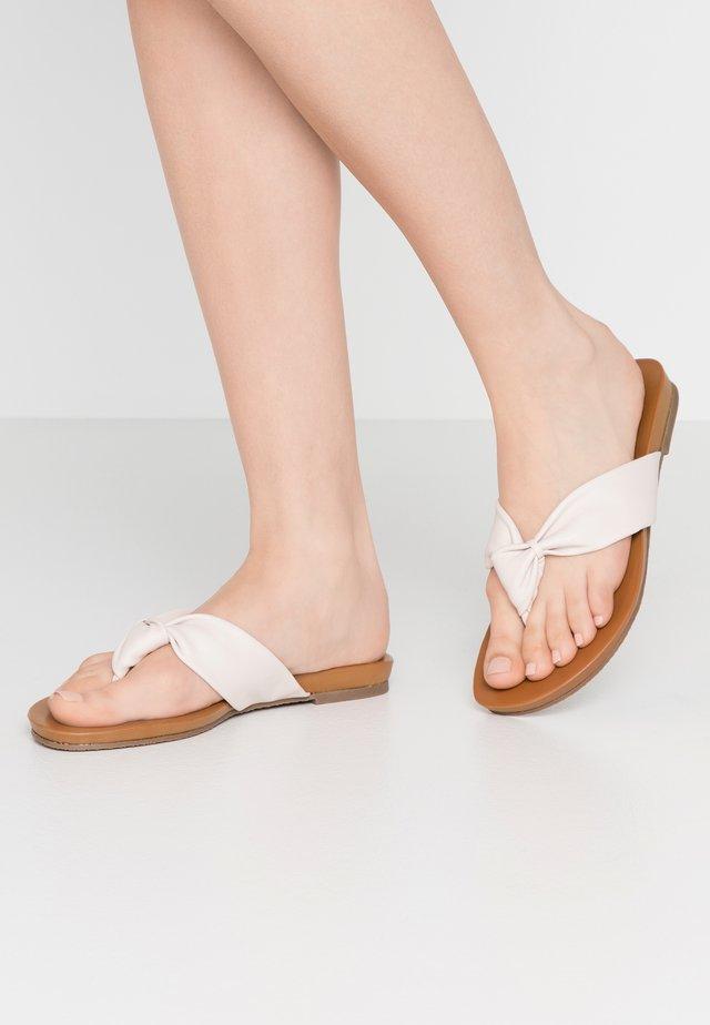 LYRIKAL - Sandály s odděleným palcem - ivory