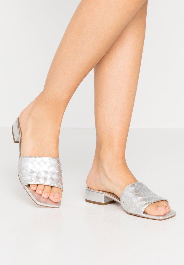 LANNDON - Sandaler - silver