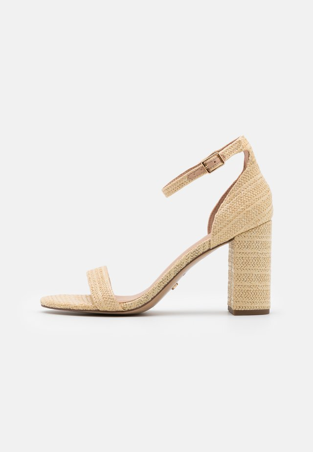 MADAM - Sandały na obcasie - natural