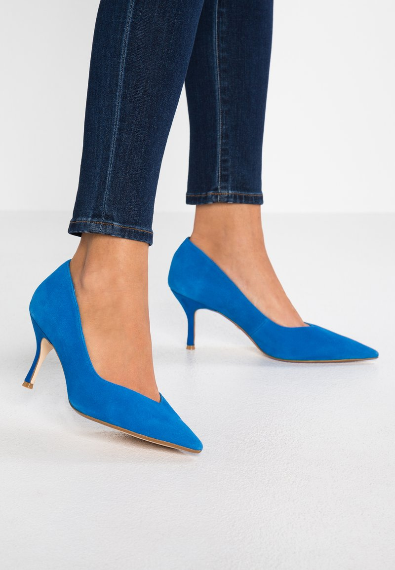 Dune London - WIDE FIT ANDERSONN - Classic heels - blue
