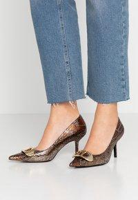 Dune London - BRIONI - Classic heels - gold - 0