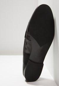 Dune London - GUILTT  - Slippers - black - 6