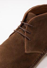 Dune London - CHERUBS - Šněrovací kotníkové boty - tan - 5