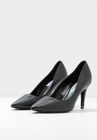 Dune London WIDE FIT - WIDE FIT ANNA - Zapatos altos - black - 4