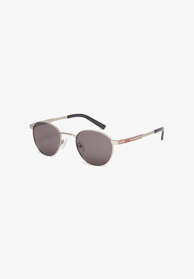 SONNENBRILLE DA7015 - Sunglasses - silver