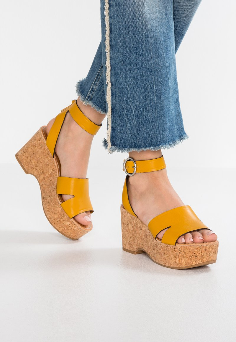 Dolce Vita - LINDA - High heeled sandals - honey maizz