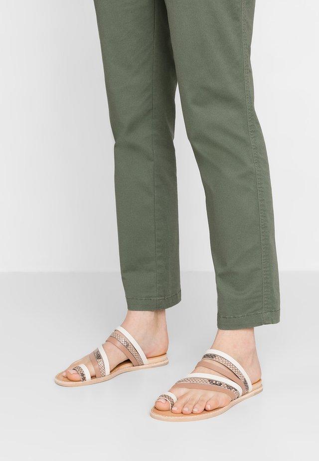 NELLY - T-bar sandals - white/multicolor