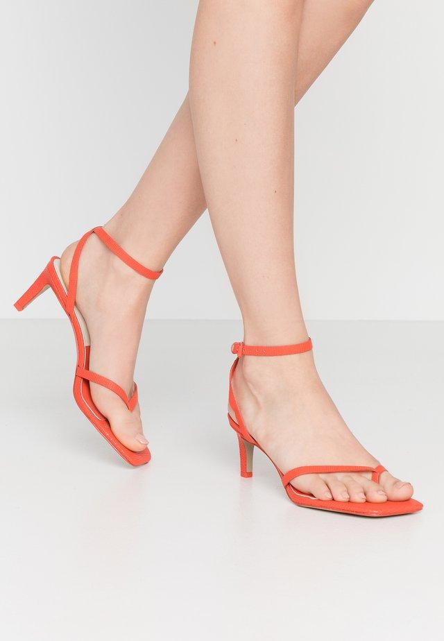 KIKO - Sandaler - red