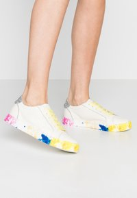 Dolce Vita - ZAGA - Trainers - citron/multicolor - 0