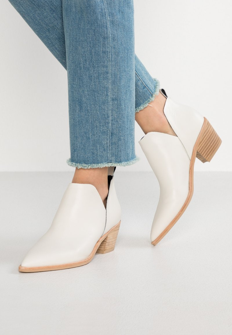 Dolce Vita - SONNI - Ankle Boot - offwhite