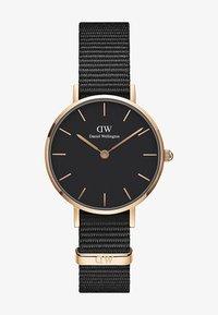 Daniel Wellington - PETITECORNWALL28MM - Horloge - gold - 0