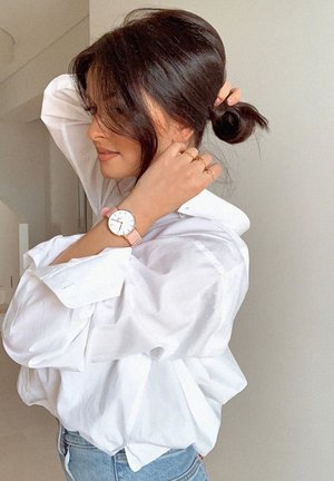 Petite Rosewater – 32mm - Watch - rose gold