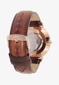 Daniel Wellington - CLASSIC ST MAWES 40MM - Zegarek - brown/rose gold coloured - 1