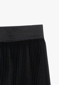 D-XEL - KENDALL  - Shorts - black - 3