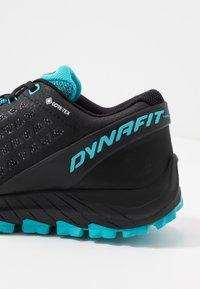 Dynafit - TRAILBREAKER EVO GTX - Běžecké boty do terénu - asphalt/silvretta - 5
