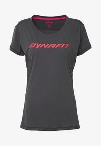 Dynafit - TRAVERSE TEE - Print T-shirt - magnet - 3