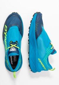 Dynafit - ULTRA 100 - Obuwie do biegania Szlak - poseidon/methyl blue - 1