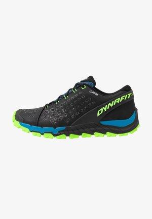 TRAILBREAKER EVO GTX - Běžecké boty do terénu - asphalt/fluo green