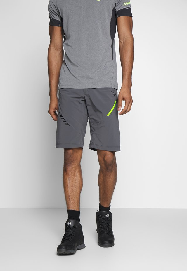 TRANSALPER HYBRID SHORTS - kurze Sporthose - magnet