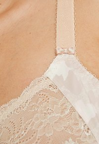 Elomi - MORGAN BANDED BRA - Underwired bra - toasted almond - 4