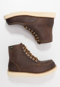 Eastland - LUMBER - Lace-up ankle boots - brown - 1