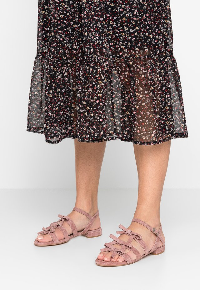 Sandals - dark bordo