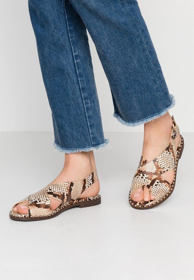 Sandaler - pitone nude