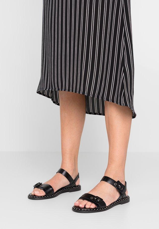 Sandals - sierra