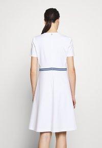Escada Sport - DUKATI - Žerzejové šaty - white - 2