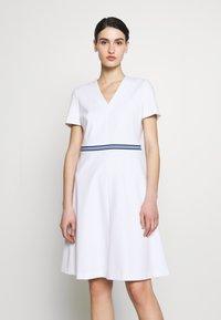 Escada Sport - DUKATI - Žerzejové šaty - white - 0