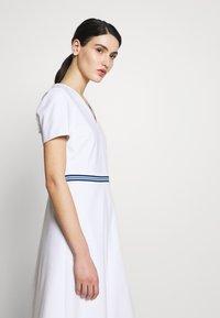 Escada Sport - DUKATI - Žerzejové šaty - white - 4