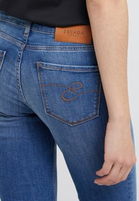 Escada Sport - Jeans slim fit - medium blue - 5