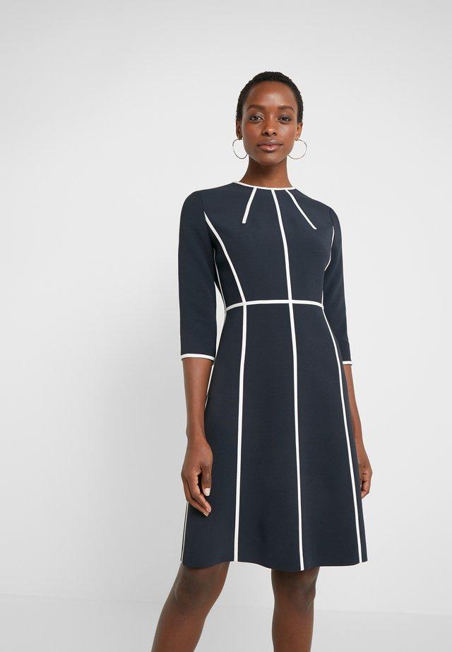 DLAS - Pouzdrové šaty - navy