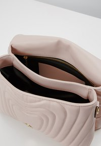 Escada - Torebka - light pink - 4