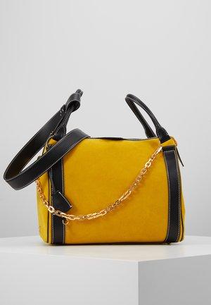SET - Handbag - soleil