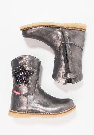 Kovbojské/motorkářské boty - silver