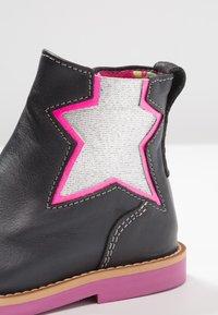 Shoesme - SILHOUET - Kotníkové boty - marino - 5