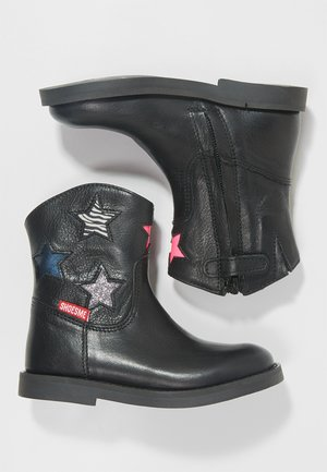 SILHOUET - Classic ankle boots - black/multi color