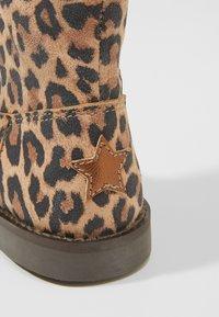 Shoesme - SILHOUET - Kotníkové boty - cognac - 2