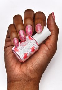Essie - VALENTINE'S DAY COLLECTION - Nail polish - 602 sparkles between u - 2
