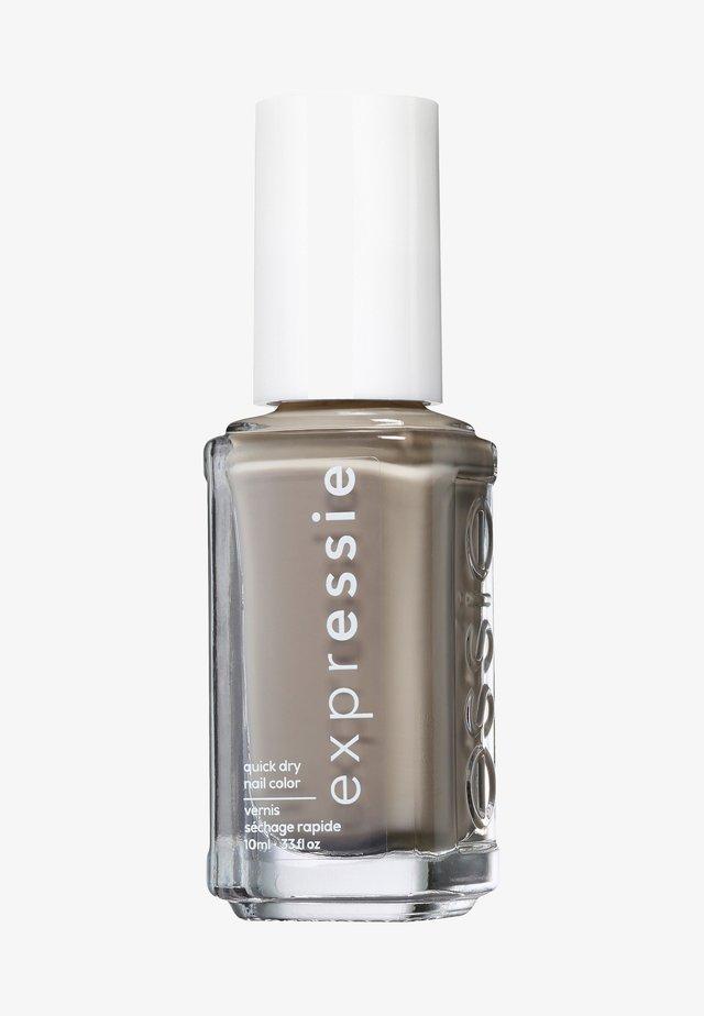 EXPRESSIE - Nail polish - binge worthy