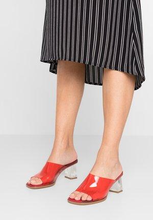 RITA - Slip-ins med klack - red