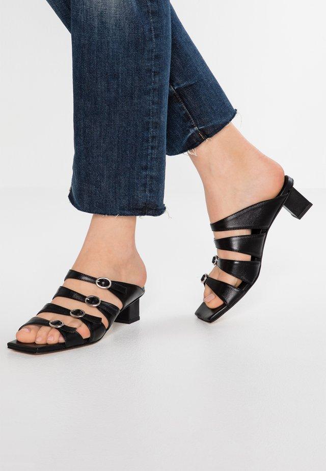 MIGUELA - Sandaler - black