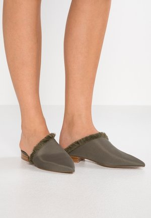 LEROY - Mules - olive green