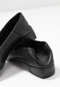 E8 BY MIISTA - ARIA - Tacones - black - 7
