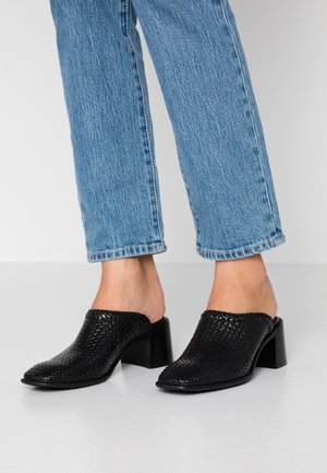 JINA - Pantofle na podpatku - black