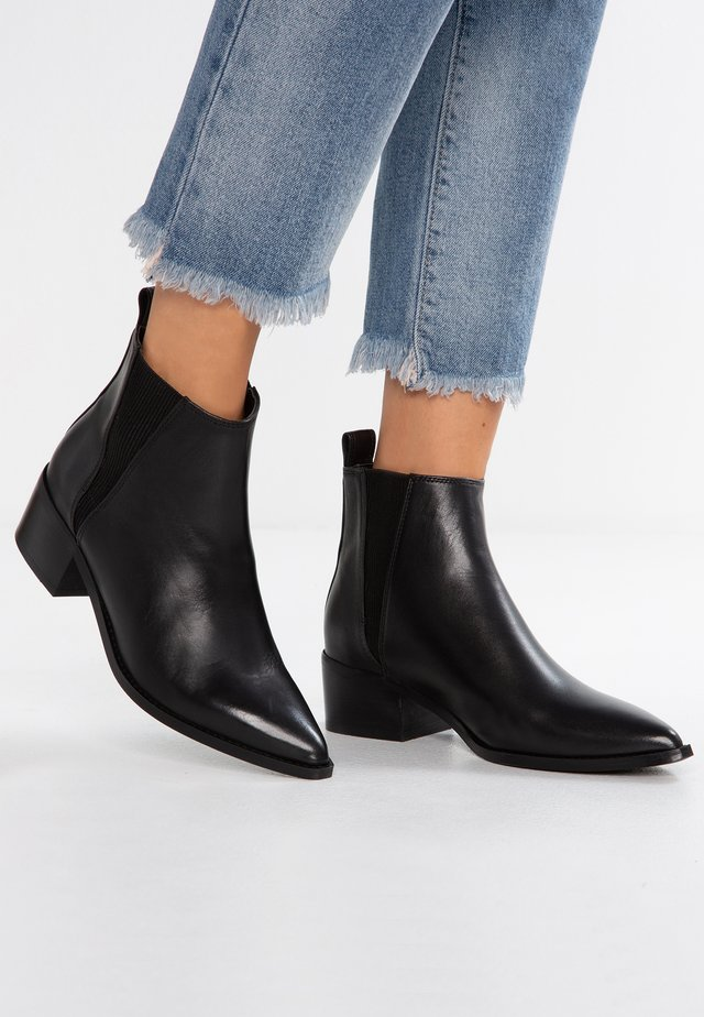 ULA - Ankle boots - black